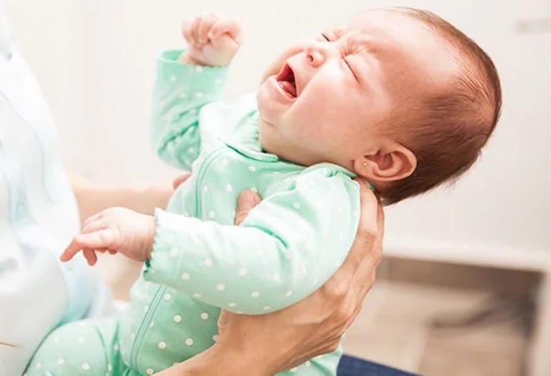 Táo bón ở trẻ sơ sinh